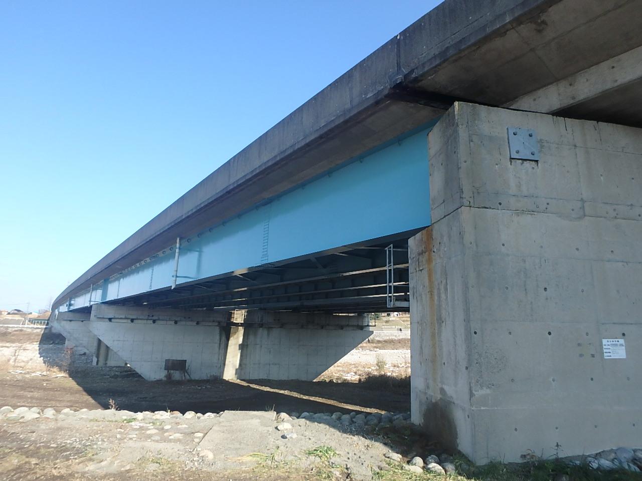 北陸自動車道片貝橋(富山県)