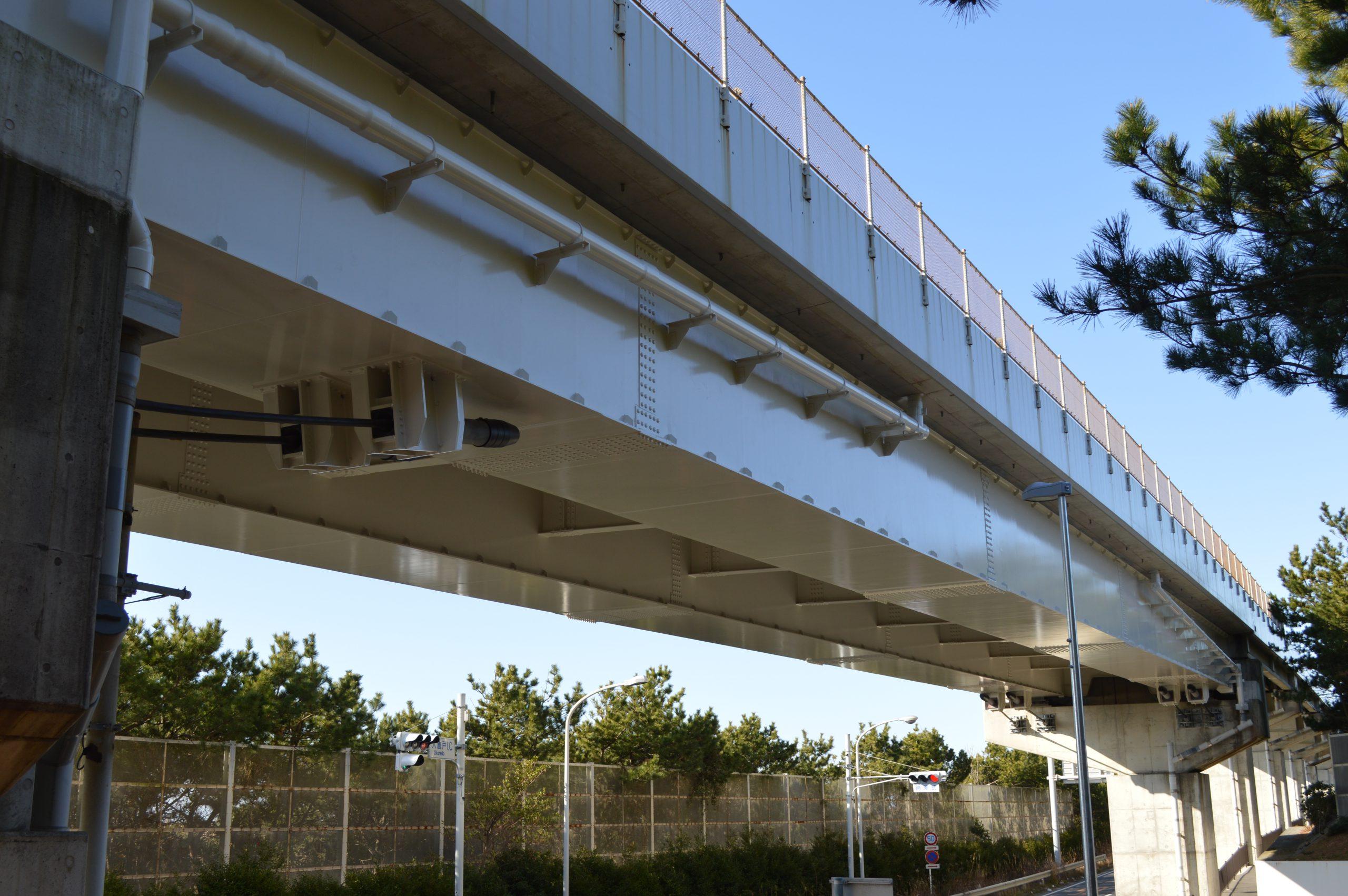 国道1号潮見高架橋(静岡県)