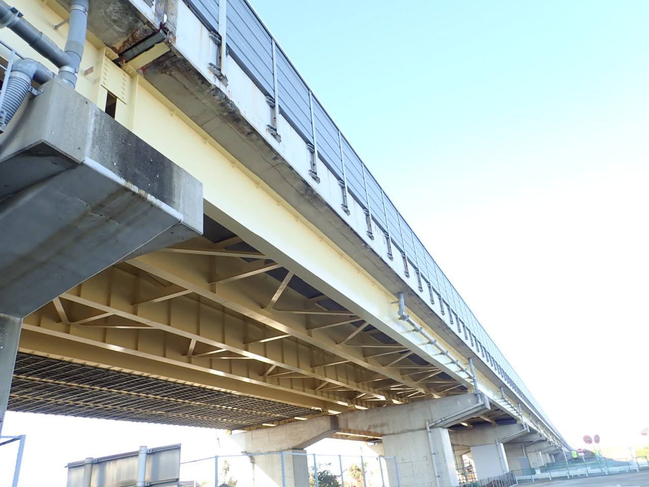 東名阪自動車道津島高架橋(愛知県)